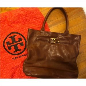 100% Authentic Tory Burch tote in Brown